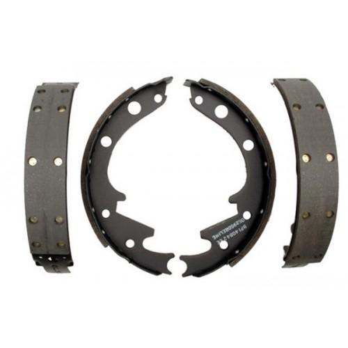 Mâchoires / garnitures / segments de freins arrière