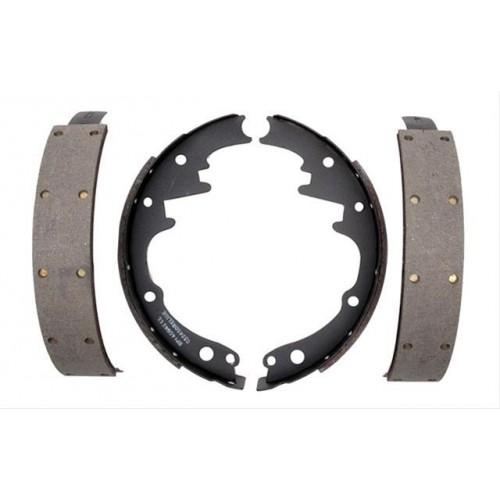 Mâchoires / garnitures / segments de freins avant